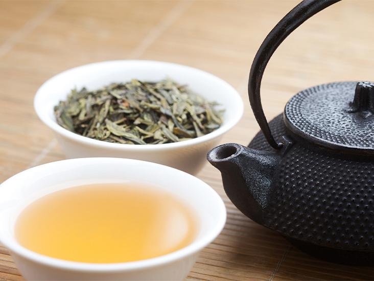 چای سبز به علت اثرات ضد التهابی که دارد