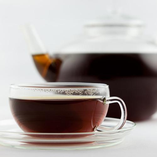 چای پر رنگ و مضرات آن